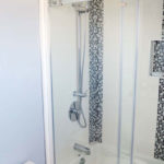 bathtub shower glass door